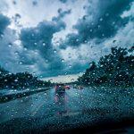 Samstagmorgen, 11. September 2021 Wie hoch ist die Verkehrsbelastung auf den Schnellstraßen in der Region Kinki? Das Wetter regnet!